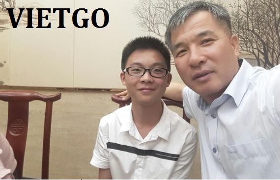 Vị khách hàng thân thiết người Hàn Quốc của VIETGO đang cần nhập khẩu 1 container 40ft GỖ HƯƠNG
